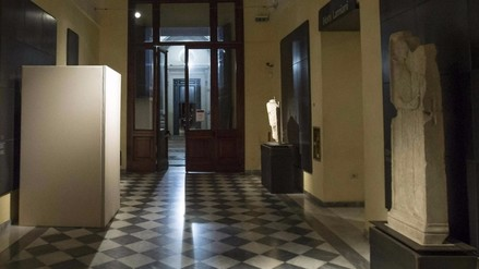 Italia: Cubren estatuas desnudas ante la visita del presidente iraní