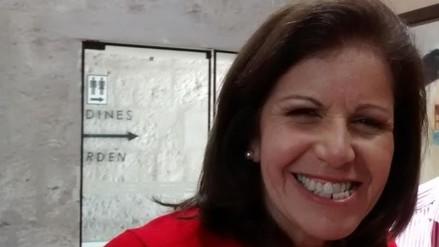 Lourdes Flores: supuesto plagio de Acuña no es tema central y distrae