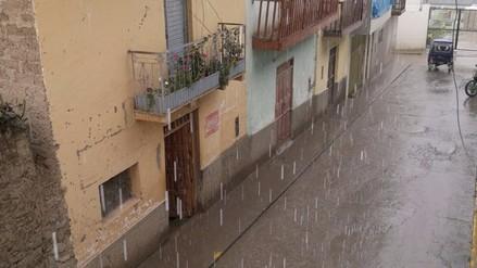 Lluvia de seis horas alarmó a la población de Chepén