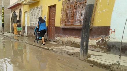 Ferreñafe: Pobladores temen colapso de viviendas tras presencia de lluvias