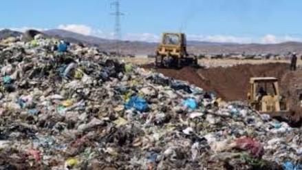 Juliaca: pobladores de Chilla rompen diálogo y no permiten más basura