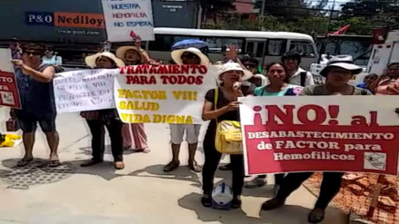 Pacientes hemofílicos de Essalud  protestan por falta de medicinas