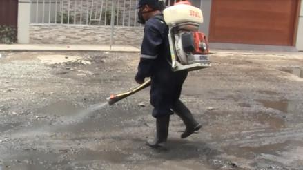 Continúan fumigando pueblos jóvenes para prevenir presencia del Zika