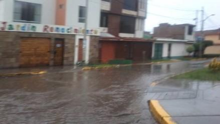 Lluvia de más de seis horas origina caos en Trujillo