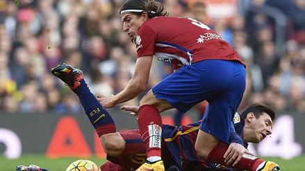 YouTube: Filipe Luis ya tiene sanción por dura entrada a Lionel Messi