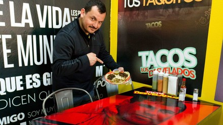 El 'Chapo' Guzmán y otros narcos, parte del menú en taquería de LA