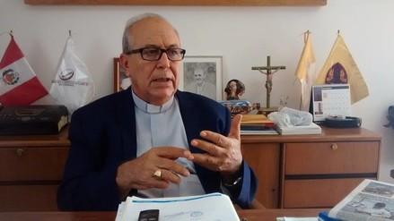 Obispo pide que se evalúe toque de queda tras amenazas a fiscales