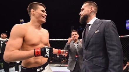Facebook: CM Punk por fin tiene rival para su debut en la UFC (VIDEO)