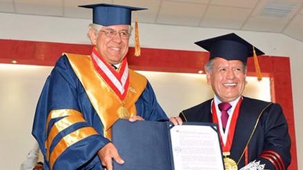 Francisco Miró Quesada renunció a rectoría de la UCV