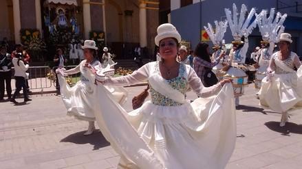 Delegaciones participan de la parada de veneración a la Virgen de la Candelaria