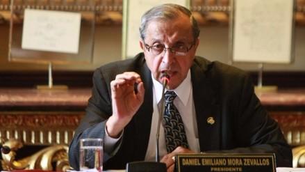 Mora denuncia sobornos a congresistas para evitar aprobar Ley Universitaria