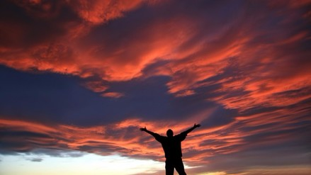 Creer en los dioses facilitó la expansión humana, según un estudio