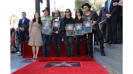 Maná recibe estrella de la fama en Hollywood