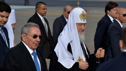 Raúl Castro y patriarca Kiril se reúnen antes de encuentro con el papa
