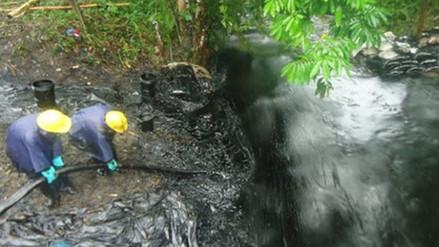 Población de Morona preocupada por poco apoyo ante derrame de petróleo