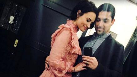 Wilmer Valderrama le puso un anillo en el dedo de Demi Lovato