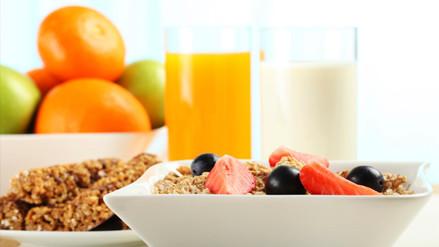 Científicos explican por qué desayunar es mejor que ayunar para los obesos