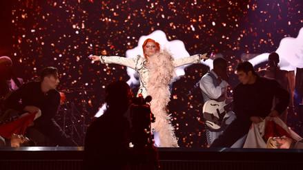 Premios Grammy: Lady Gaga y su homenaje a David Bowie