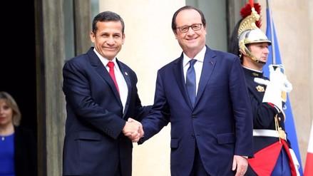 Presidente de Francia François Hollande llegará el martes 23 al Perú