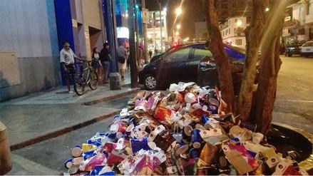 Lince: Desperdicios de cine son lanzados a la calle