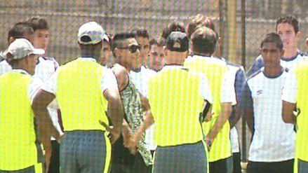 Universitario de Deportes: Raúl Ruidíaz llegó al Monumental para despedirse de sus compañeros