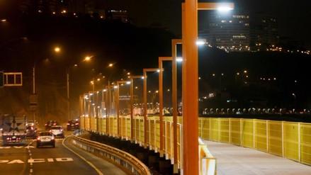 Miraflores: 85 nuevos postes fueron incorporados a pasarela de la Costa Verde