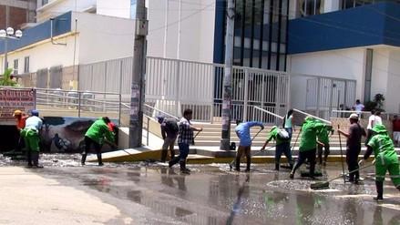 Lluvias de más de ocho horas deja aniegos y calles inundadas