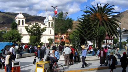 Detectan 50 títulos profesionales falsos de docentes en Bambamarca