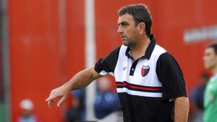 Facebook: Luis Advíncula tiene nuevo director técnico en Newell's Old Boys