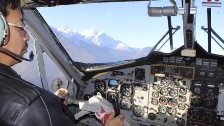 Himalaya: desaparece avioneta con 23 personas a bordo