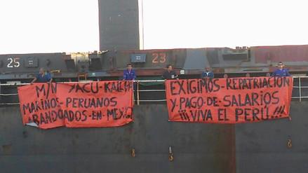 18 marinos peruanos llevan abandonados casi un mes en un puerto de México