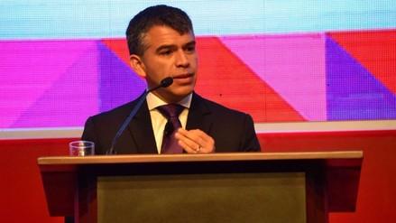 Guzmán: Vacancia de Humala debe evaluarse si se comprueban denuncias