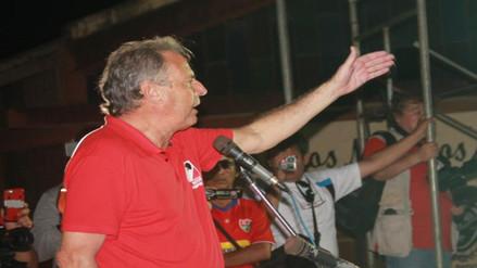 Alfredo Barnechea critica encuestadoras y contesta a Kuczynski