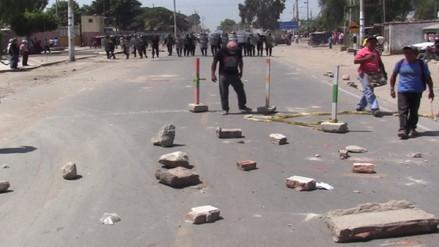 Chiclayo: vehículos varados tras bloqueo de carretera en Chongoyape