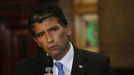 Vicepresidente de Uruguay mintió sobre su título y piden su renuncia