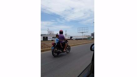 Chiclayo: exponen la vida de menor en carretera a Pimentel