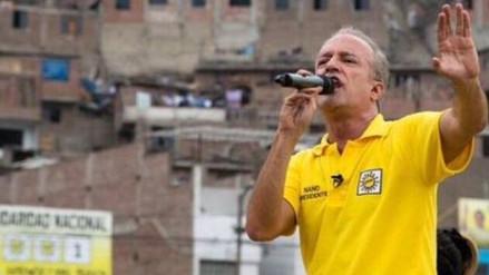 """Guerra García: """"Decisiones de Palacio encumbraron a Julio Guzmán"""""""