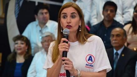 Anel Townsend dijo que no reemplazará a César Acuña en candidatura presidencial