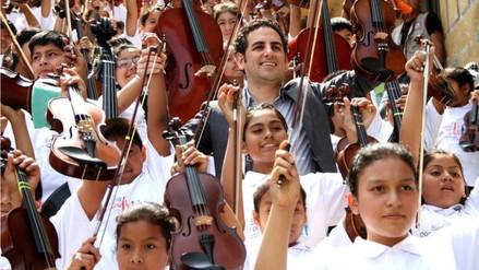 Juan Diego Flórez y Sinfonía por el Perú abren centro en el Rímac