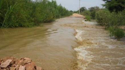 Por fuertes lluvias aumenta caudal del río Tumbes