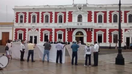 Trujillo: exigen apresurar expediente técnico de colegio Túpac Amarú