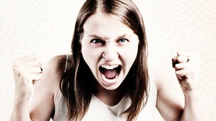 Ser agresivo causa deterioro de la memoria y función cognitiva a mediano plazo