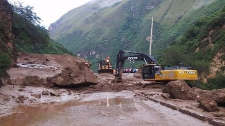 Deslizamiento bloquea la carretera que une San Martín y Amazonas