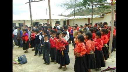 Asumen acuerdos para evitar que 500 alumnos pierdan el año escolar