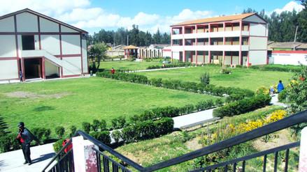 Huancayo: institución educativa Túpac Amaru clama por mobiliario escolar