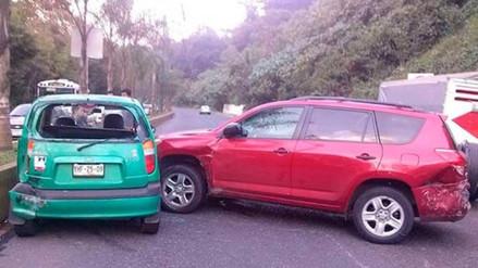 Chiclayo: ocho heridos deja choque entre camioneta y auto