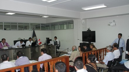 Caso Elidio Espinoza: declaran reos contumaces a dos policías