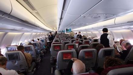Una mujer escondió en su bolso a una niña haitiana en vuelo Estambul-París