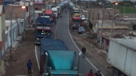Carretera de ingreso a Arequipa con paso restringido por accidente
