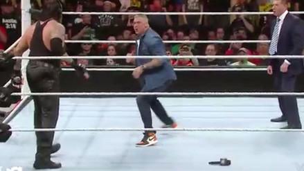 WWE: Shane McMahon intentó golpear al Undertaker y esto fue lo que pasó